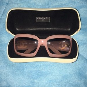 CHANEL CC Mother of Pearl Sunglasses Mod. 5076-H